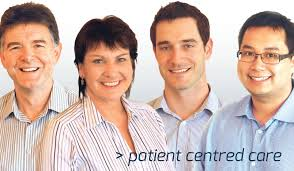 Ballarat Essential dentists, picture of two friendly looking dentists